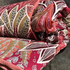 🤩Souvenez vous!🤩 Ce printemps, lors d' un petit sondage, vous avez plébiscité l' arrivée de plaids, dans la collection Déco. Du coup, voici le 1er né d' une capsule prochainement en vente…je vous tiens au jus!😜 (155cm/125cm, coton cretonne-ouate-gaze de coton)  D' ailleurs, vous aimez?? #deco #decohome #home #maison #collectionhome #decorationinterieur #plaid #creationartisanale #capsulecollection