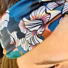 1* Cheveux dessous 2* Cheveux dessus 3* Cheveux enroulés … #headband #bandeaucheveux #bandeau #bandeautete #accessoirescheveux #accessoiresmode #creationfrancaise #creationartisanale #3princessandco #thonon