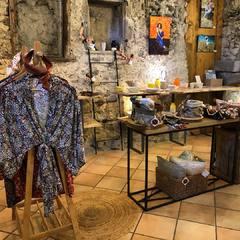 Bienvenue à Yvoire dans la belle boutique Alambria ! #yvoire #boutiquedecreateurs #conceptstore #createursfrancais #creationsartisanales #artisanatfrancais #creation